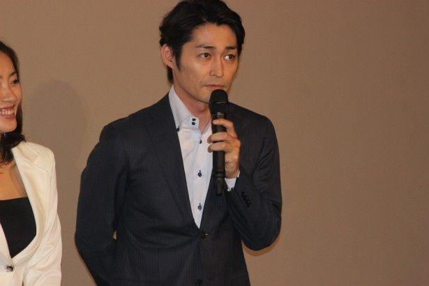 超能力を研究する大学教授で紗英の父、浅見隆広役の安田顕