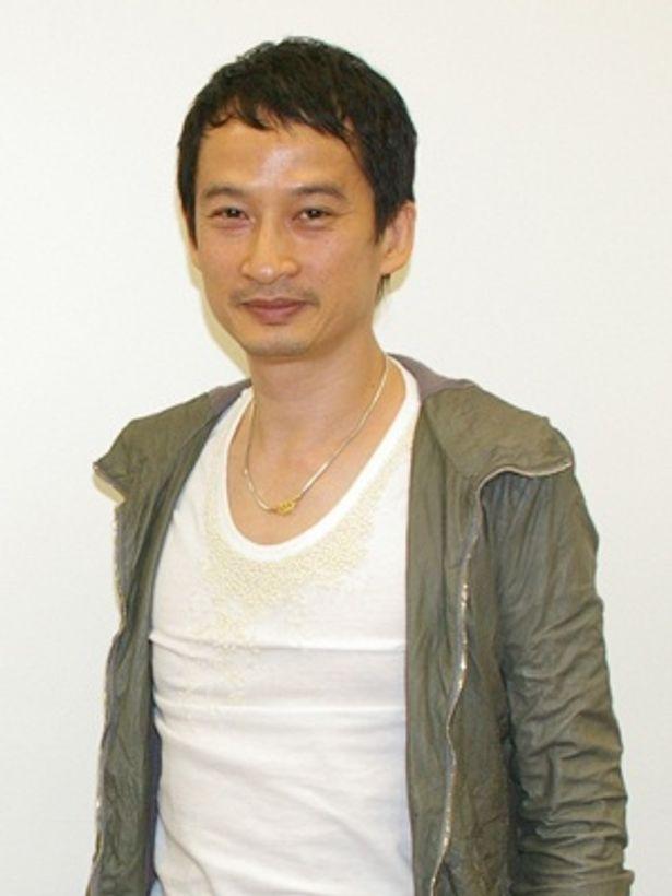 監督はベトナム出身のフランス人。華奢なオシャレさん