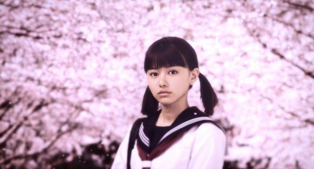映画『桜ノ雨』の主人公・未来(みく)を演じる山本舞香