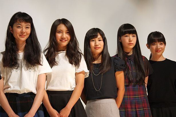 中村映里子、井上苑子、大関れいか、真山朔、三浦透子らが登壇(左から)