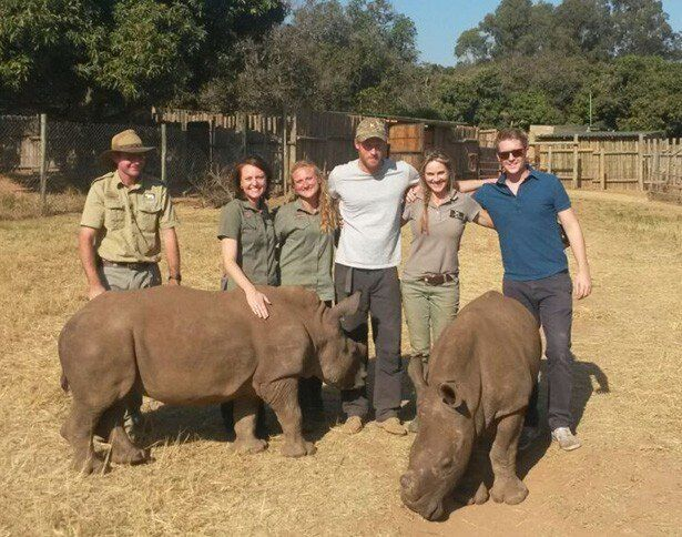 野生生物の保護プロジェクトのためアフリカに滞在
