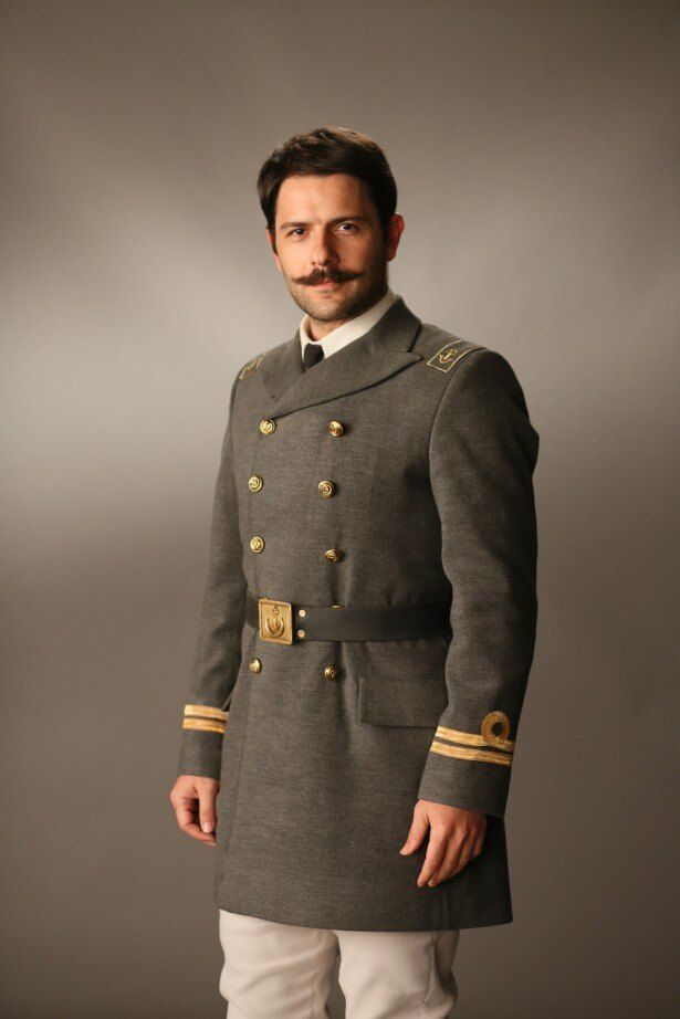 「海難1890」で1人2役を演じたトルコ人俳優、ケナン・エジェにインタビュー