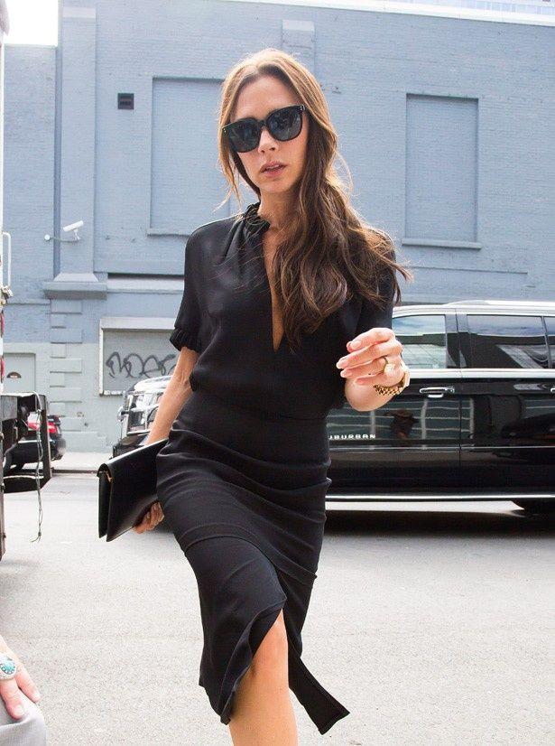 自身のブランドのファッションショーがやせ過ぎのモデルを起用しているとして炎上中のヴィクトリア・ベッカム