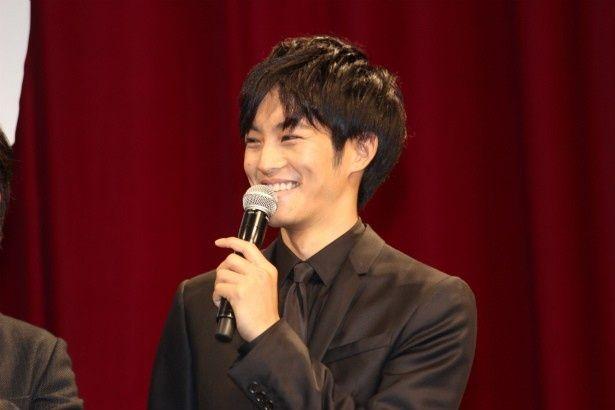 手塚光の兄・手塚慧役の松坂桃李