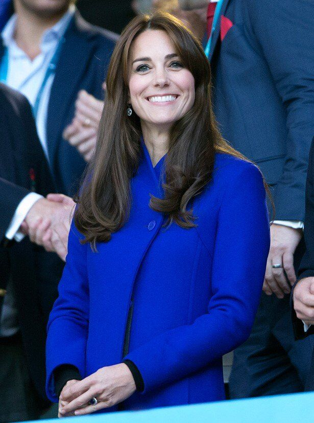 007シリーズ最新作『007 スペクター』のワールドプレミアに招待されたキャサリン妃