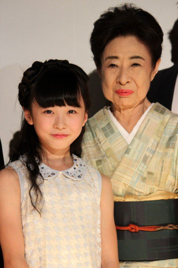 『ポプラの秋』で共演した本田望結と中村玉緒