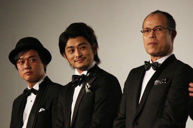 写真左から岡安章介(ななめ45°)、川村陽介、田中要次