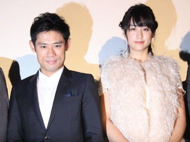 『ボクは坊さん。』で共演した伊藤淳史と山本美月