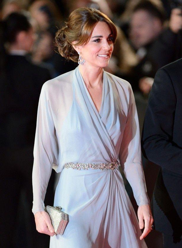 『007 スペクター』のプレミアに出席した際のキャサリン妃