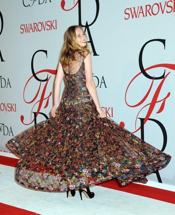 今年の6月にニューヨークで行われたCFDAファッションアワードでレッドカーペットに登場