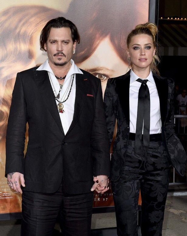 『リリーのすべて』のプレミアに登場したジョニー・デップと妻のアンバー・ハード