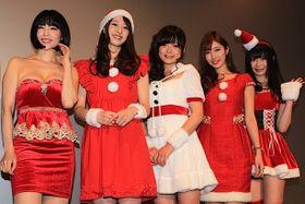 元AKB48の加弥乃、サンタコスプレで登場「露出度の高い衣装で奮闘しました!」