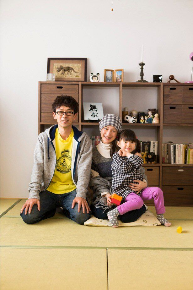 【写真を見る】広末涼子と滝藤賢一、子役の赤松えみなが演じた安武一家の1ショット