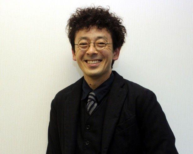 夫・信吾役を演じた滝藤賢一