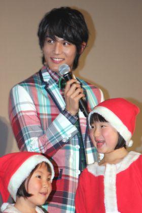 中川大志、7歳の少女からの恋愛相談にタジタジの笑み