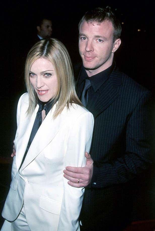 マドンナとガイは2000年に結婚し、2008年に離婚