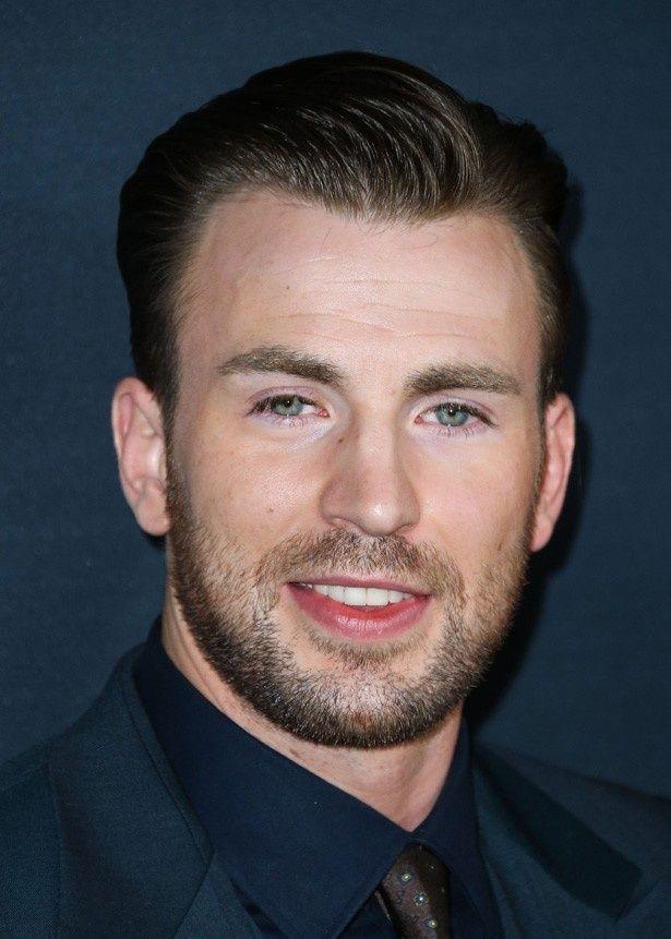 「コストパフォーマンスが高かった俳優トップ10」の1位はキャプテン・アメリカ役でお馴染みのクリス・エヴァンス