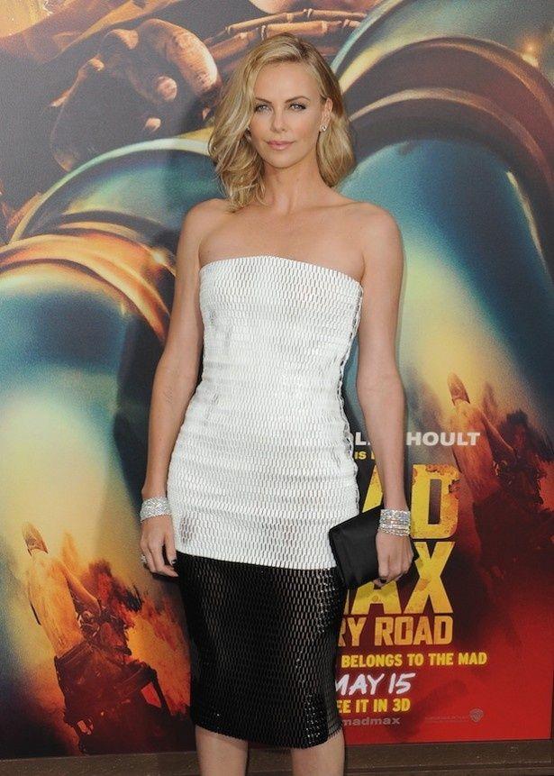 1位に選ばれたのは、シャーリーズ・セロンが強い女性を演じきった『マッドマックス 怒りのデス・ロード』