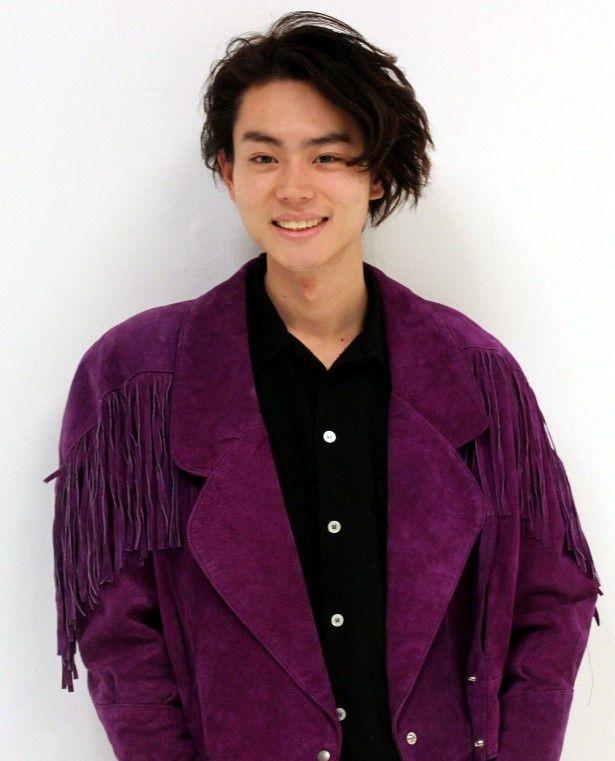 『ピンクとグレー』で中島裕翔と共演した菅田将暉