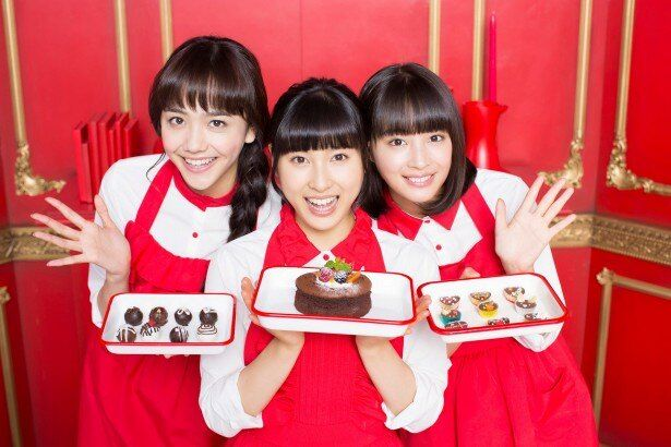 松井愛莉、土屋太鳳、広瀬すずが手作りバレンタインに挑戦