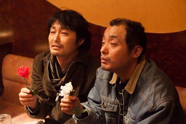 【写真を見る】安田顕の最新作は主演なのに脇役?