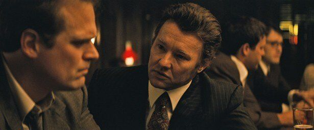 ジョエル・エドガートンは汚職に手を染める実在のFBI捜査官を演じた。