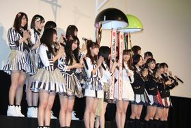 NMB&HKT舞台挨拶、指原莉乃ら全18名の写真を一挙掲載