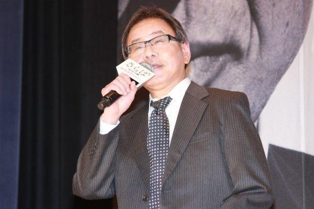 定年退職した田中文男役のベンガル