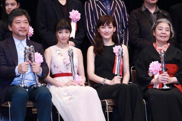 『海街diary』チームがヨコハマ映画祭授賞式に登壇