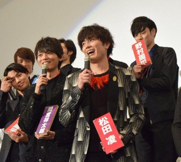 「ライチ☆光クラブ」の初日舞台あいさつに登壇した野村周平、古川雄輝、間宮祥太朗(写真前列左から)