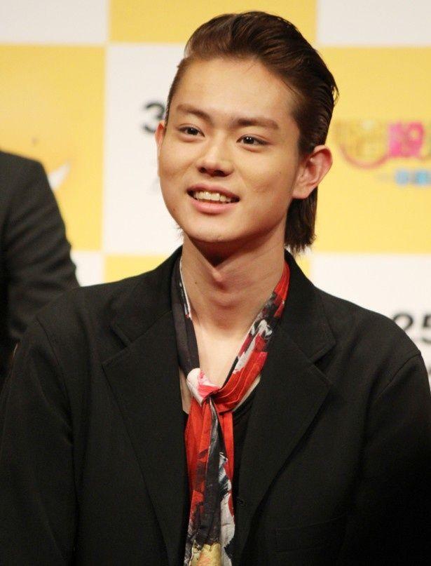 『暗殺教室〜卒業編〜』で赤羽業を演じた菅田将暉。前日に誕生日を迎え、23歳に!