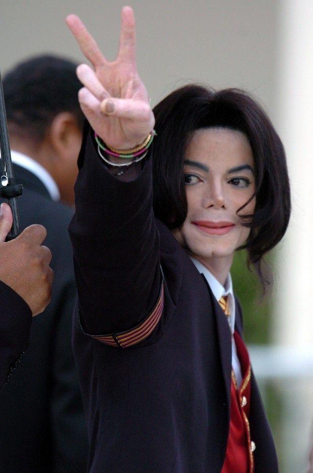 マイケル・ジャクソン所有のオスカー像が無くなった!