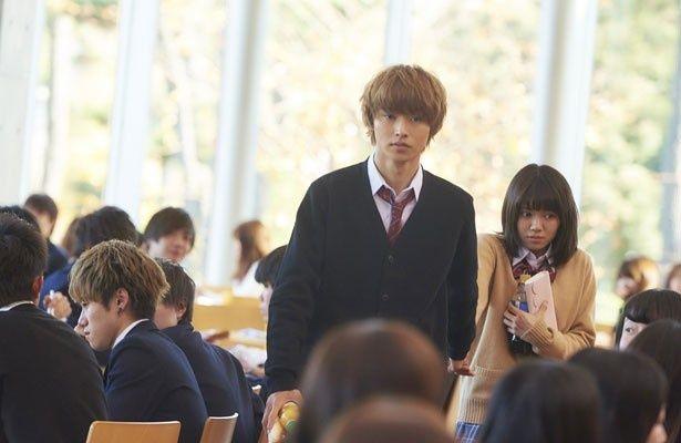 学校一のイケメン・恭也を演じた山崎