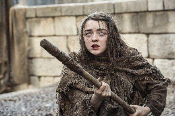 メイジー演じるアリア・スターク。前章のラストで盲目になってしまう