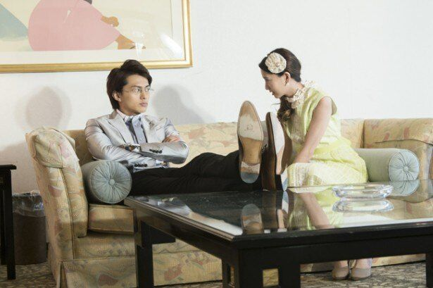 桐生希一は白鳥グループへの出資の条件として自分と麗子の結婚をもちかける