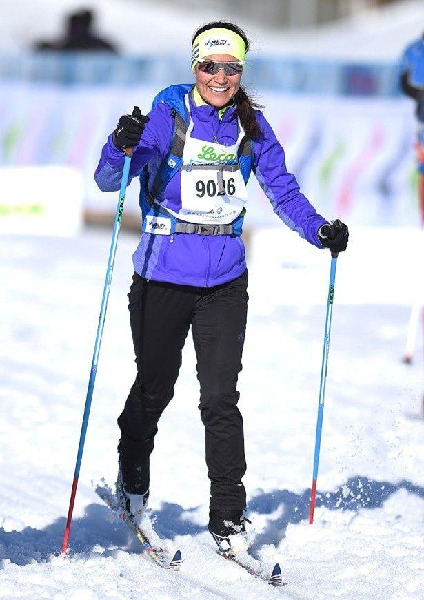 【写真を見る】スキーレースに参加したピッパ