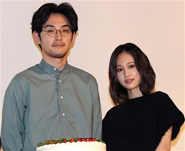 松田龍平、誕生日ケーキの登場に困惑!