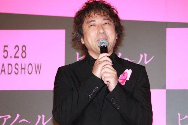 岡田の同僚・安藤勇次役のムロツヨシ