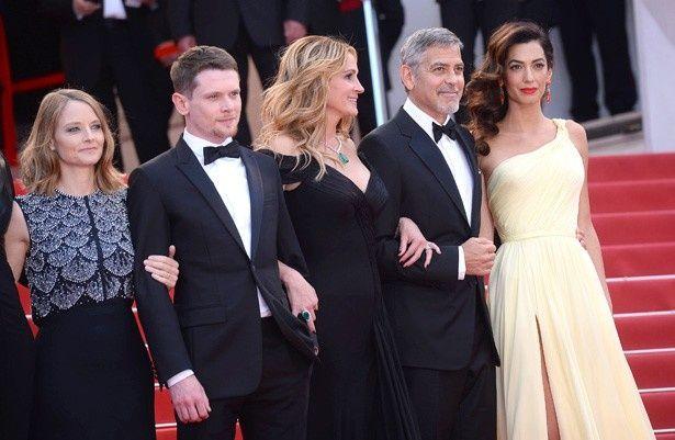 第69回カンヌ国際映画祭で、キャストたちよりも明らかに目立ってしまったアマル・クルーニー