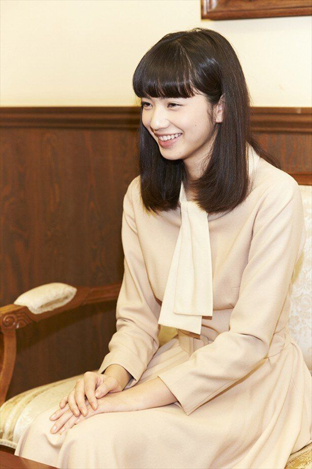 dTVオリジナルドラマ「高台家の人々」で主演を務めた小松菜奈が、撮影中の心境を吐露!