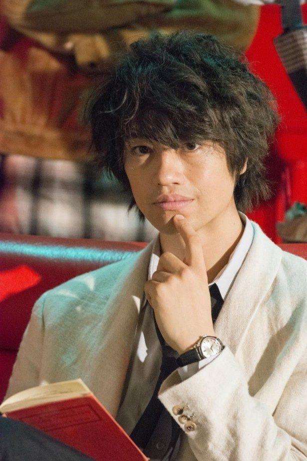 最後の独身イケメン俳優の恋のハードルは高い?