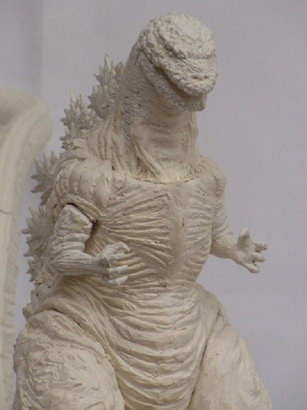 「映画『シン・ゴジラ』特撮解体シン書(仮)」の特別付録はゴジラのソフビ。手がけるのは怪獣ソフビファンに定評のあるプレックス