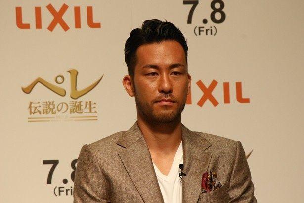 『ペレ 伝説の誕生』のトークイベントに登場したサッカー日本代表・吉田麻也