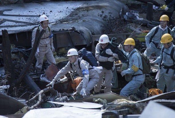 前代未聞の飛行機墜落事故が発生