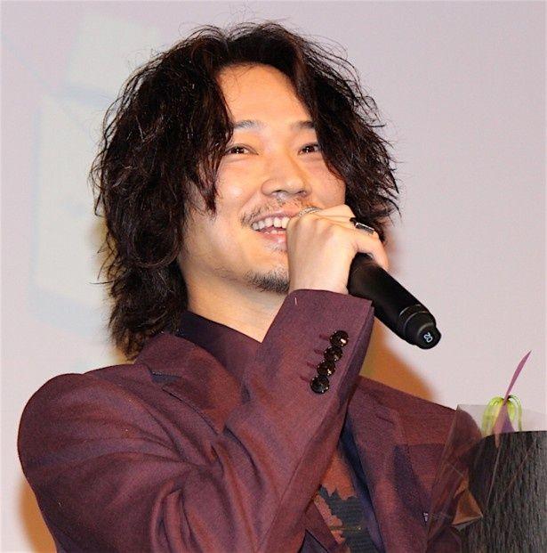 綾野剛『日本で一番悪い奴ら』の大ヒット記念イベントに登場!