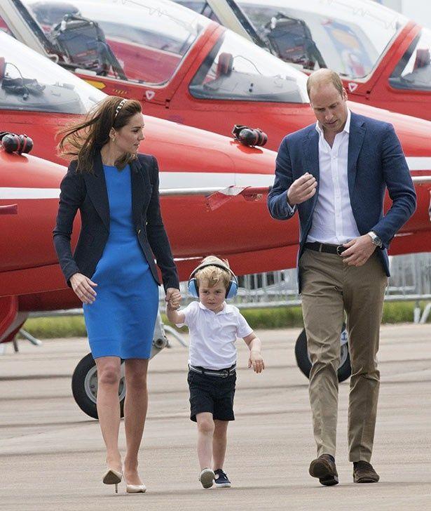 【写真を見る】ジョージ王子の誕生日に子犬をプレゼントする理由とは?