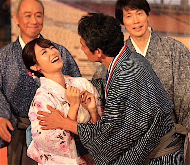 深田恭子、伊原剛志のおねだりに爆笑!