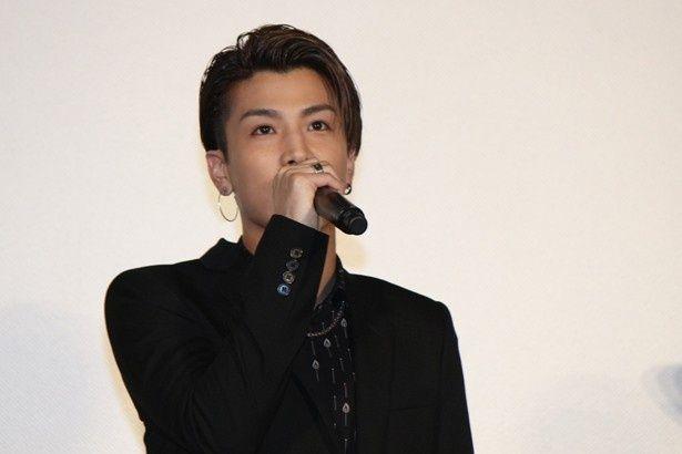 「TAKAHIROさん壁ドンがよかった」と作品の見どころを語る岩田剛典