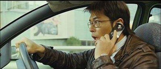 『コネクテッド』の主演は『エレクション』(05)のルイス・クー