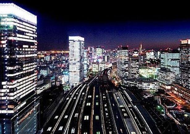 まるで「銀河鉄道の夜」!?美しい夜景がホテルから見られる(ホテルメトロポリタン丸の内)